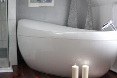 Badewanne-Suite-348
