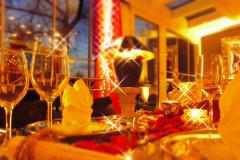 Candle-Light-Dinner-Dekoration-Warm