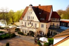 Drahthammer-Schloessl-Aussenbereich-Zimmer-333